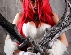 Kitty Cat Katarina Cosplay
