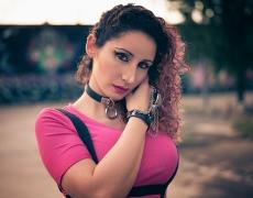 Sarai - Nu Goth - Close Wide Hand Hair 1